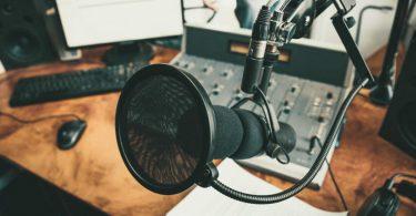 best tech podcast to listen